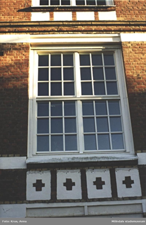 Kängurun 18. Krokslätts fabriker. Fönster.