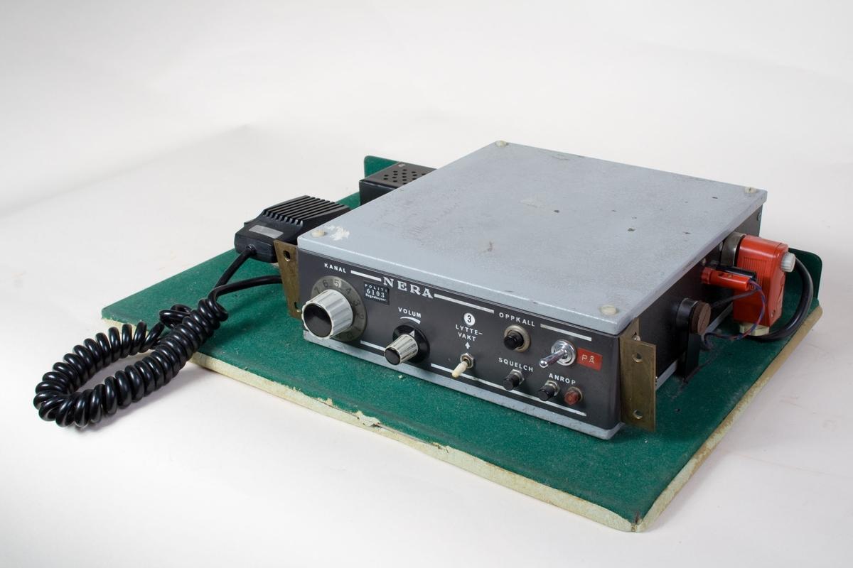 Mobil/kjøretøymontert radio Kontorstasjon