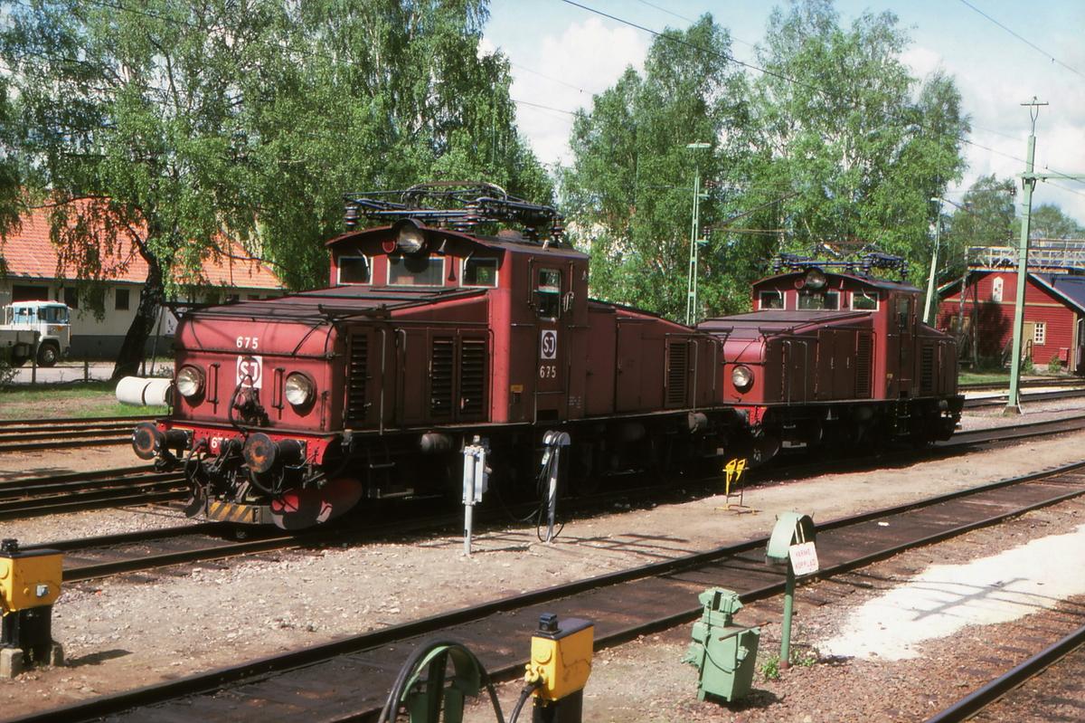 Lokomotiver SJ litra Hg i Charlottenberg. Hg 675 nærmest.