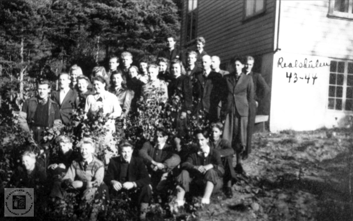 Realskoleklasse Ågedal 1943-1944