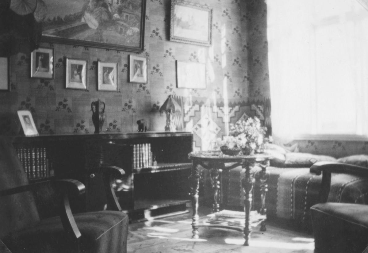 Interiør fra en stue?, i Sellstrømgården, ca. 1938