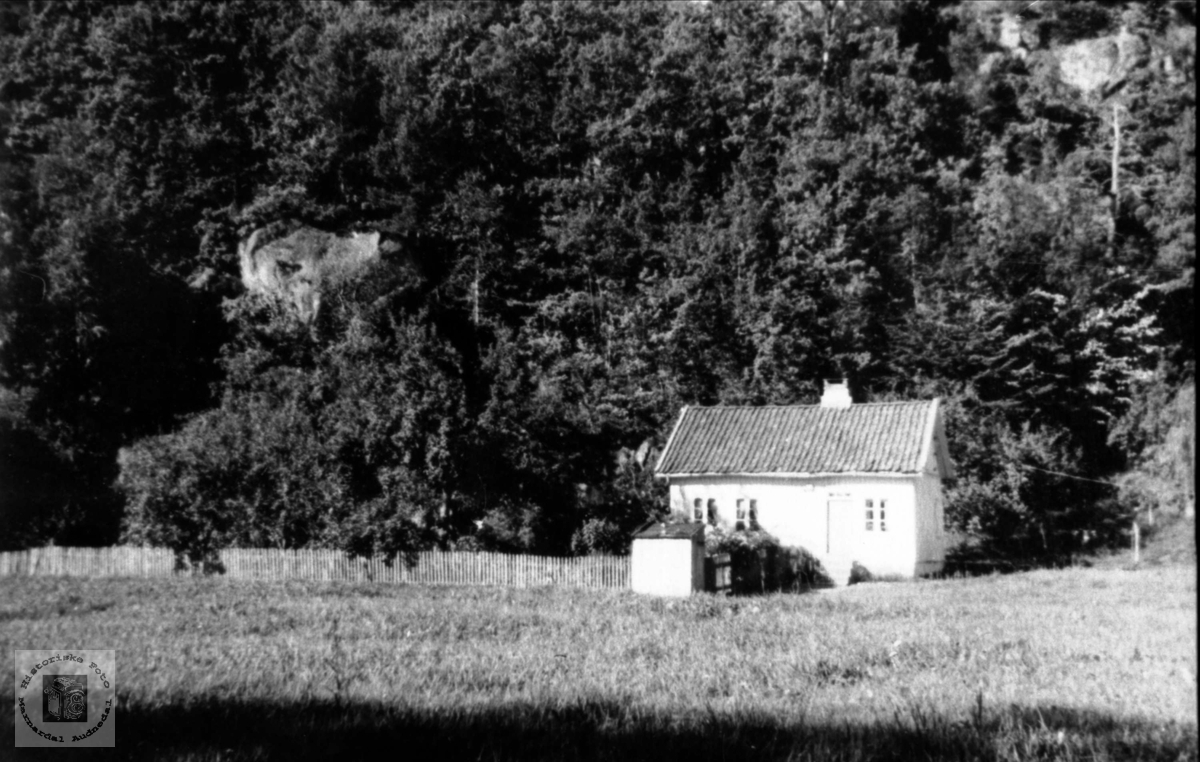 Hus og hage. Regevigmonen, Øyslebø.