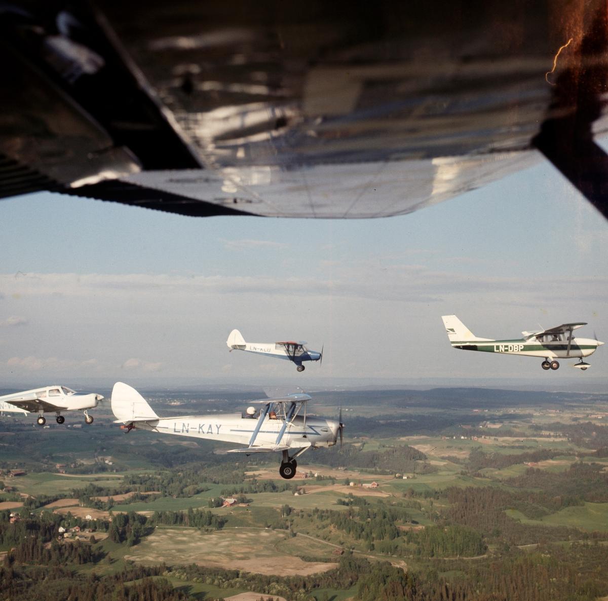 Fly i lufta, Gardermoen flyklubb. LN-KCU, LN_KAY og LN-DBP.