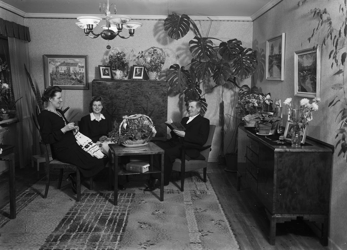 Handarbete och bokläsning i hemmet, Uppsala