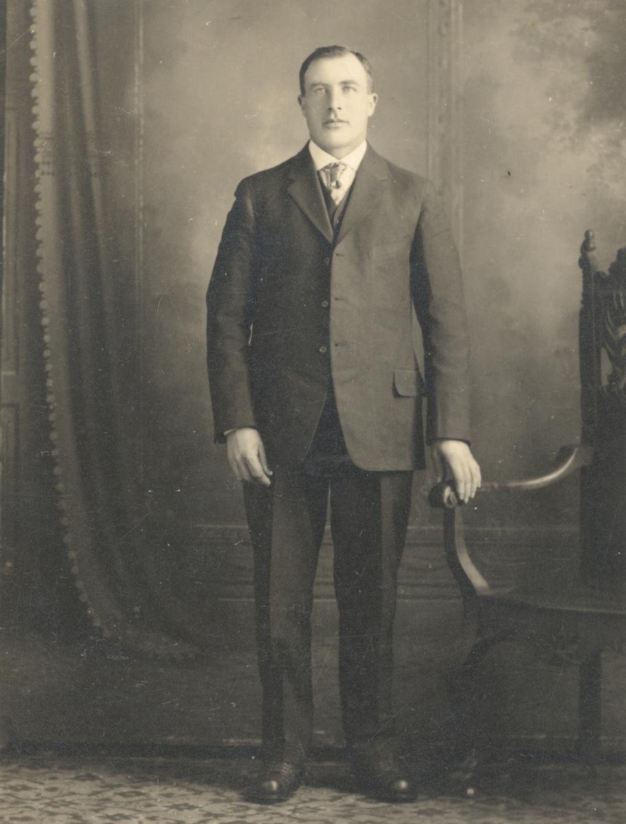 Gregar Knutsson Årmot, bror til Liv Lie