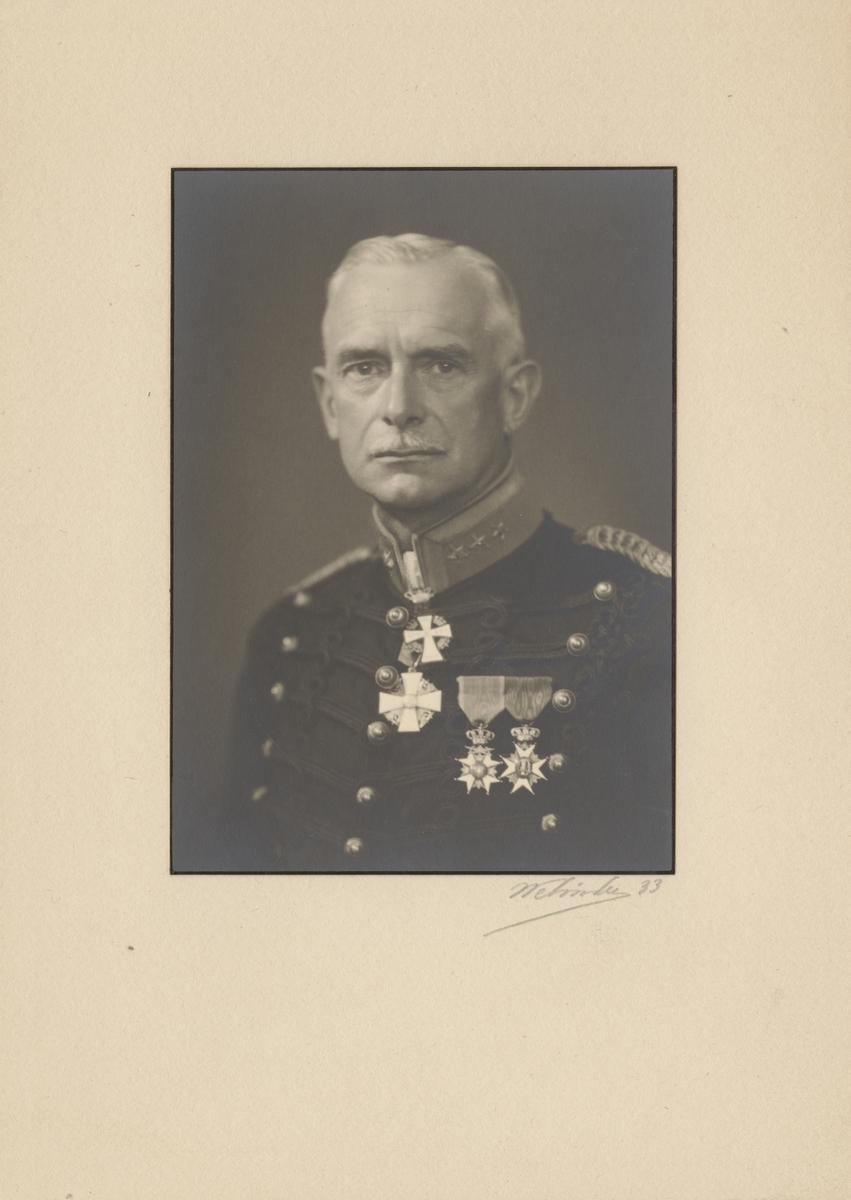 Porträtt av Paul Jacques Robert Virgin, överste i armén, styresman för Carl Gustafs stads gevärsfaktori.