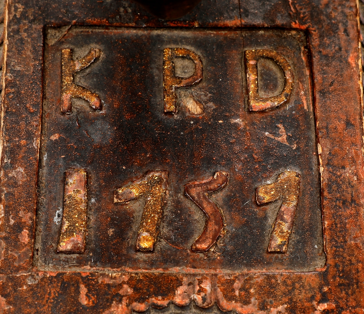 KPD 1757 utskåret foran grepet