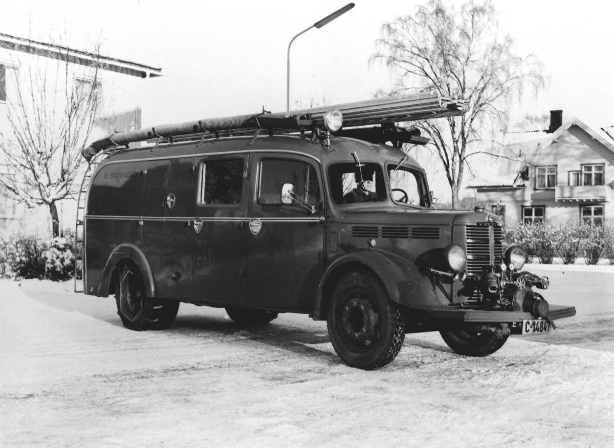 Ås første brannbil, Bedford 9.mai til Ås