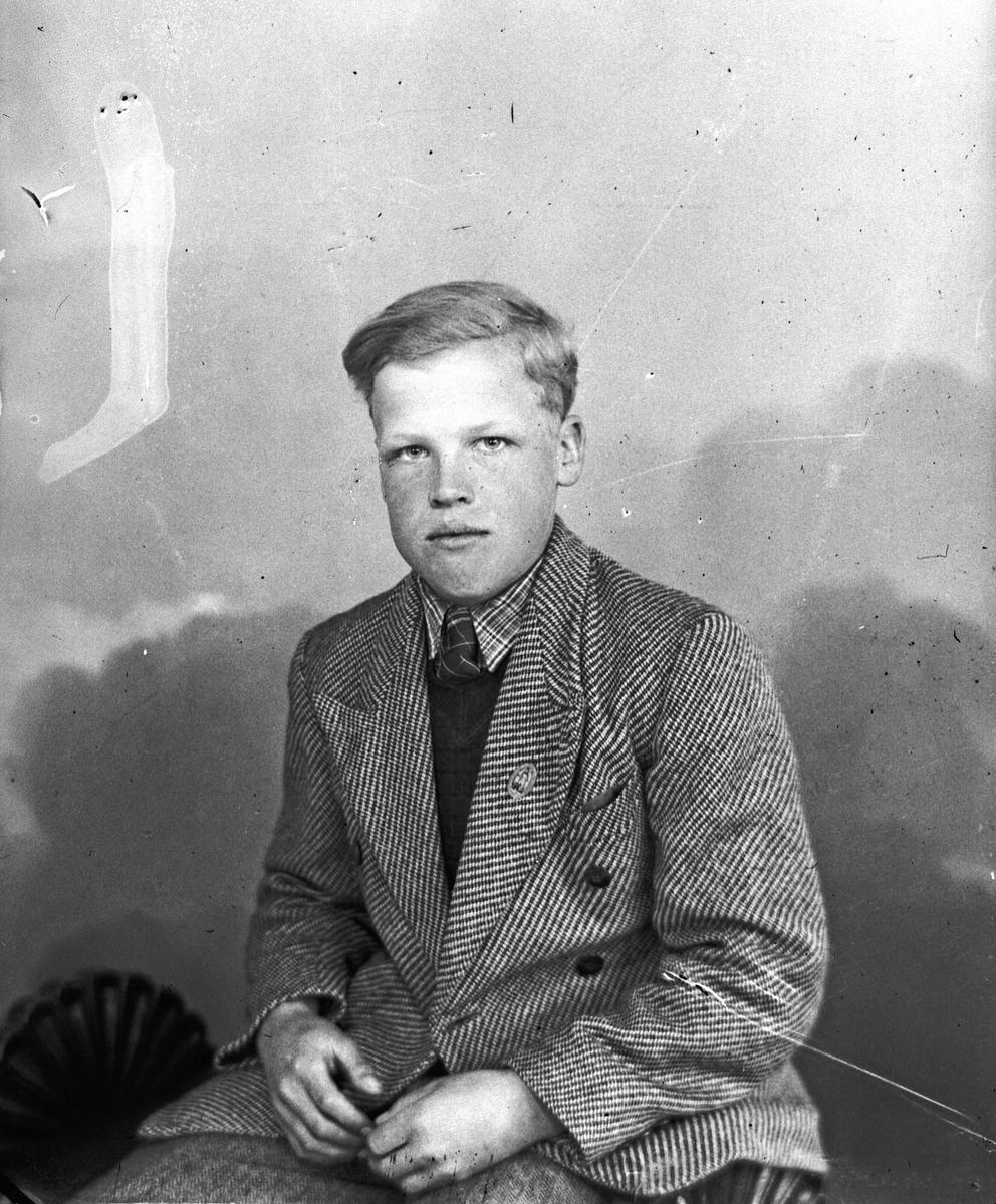Portrett. Hans Sundby. Sundby, Steinsgård