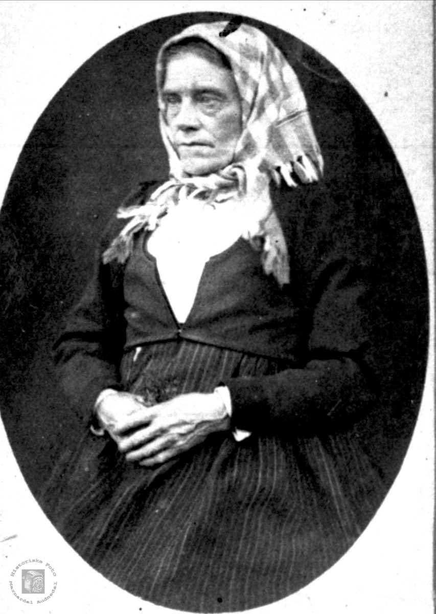 Portrett av Mari Skjeggestad, Bjelland.