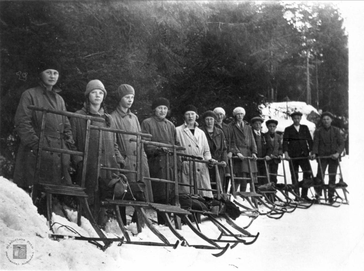 Sparketur til Neset (Granli) ved Manflåvannet, Laudal.