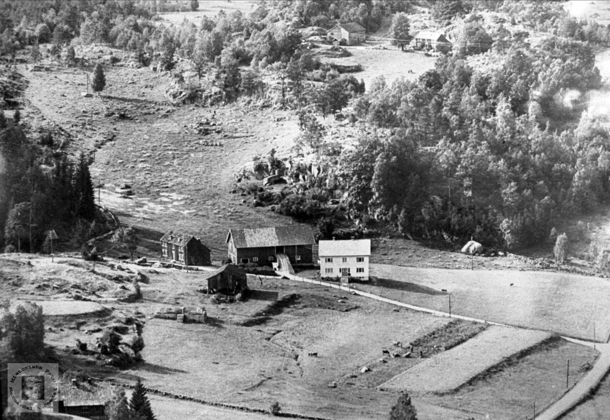 Flyfoto Sangesland og Mønsås i Laudal.