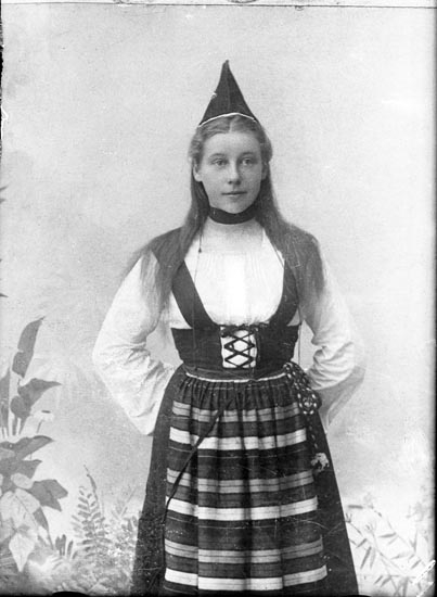 "Enligt fotografens anteckningar: ""1938, 3. Fru Vall rep. Munkedal""."