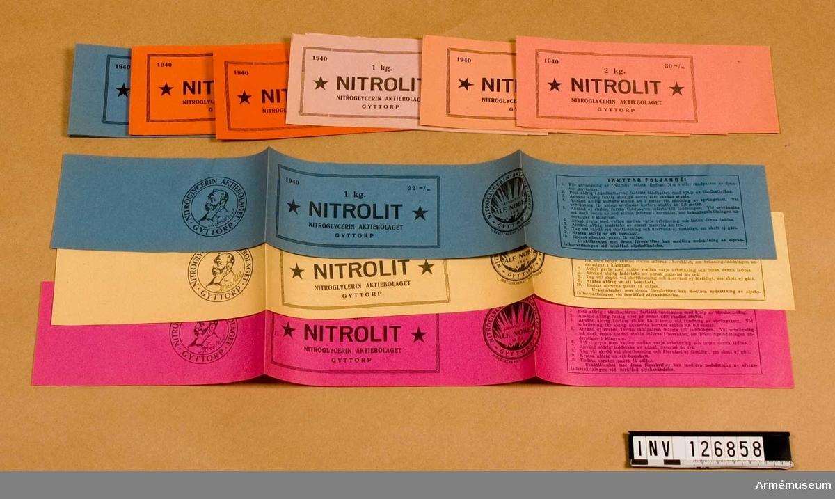 Etiketter avseende Nitrolit. Diverse sorter.