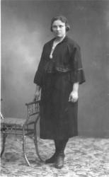 Ingebjørg Hulbak (1899 - ??) frå Hemsedal.