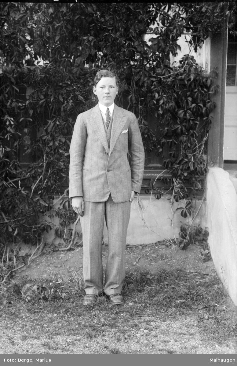 Kai Holst. Høsten 1930.