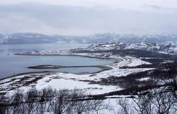 Friarfjord, fotografert mot skiferbrudd 16.4.2006