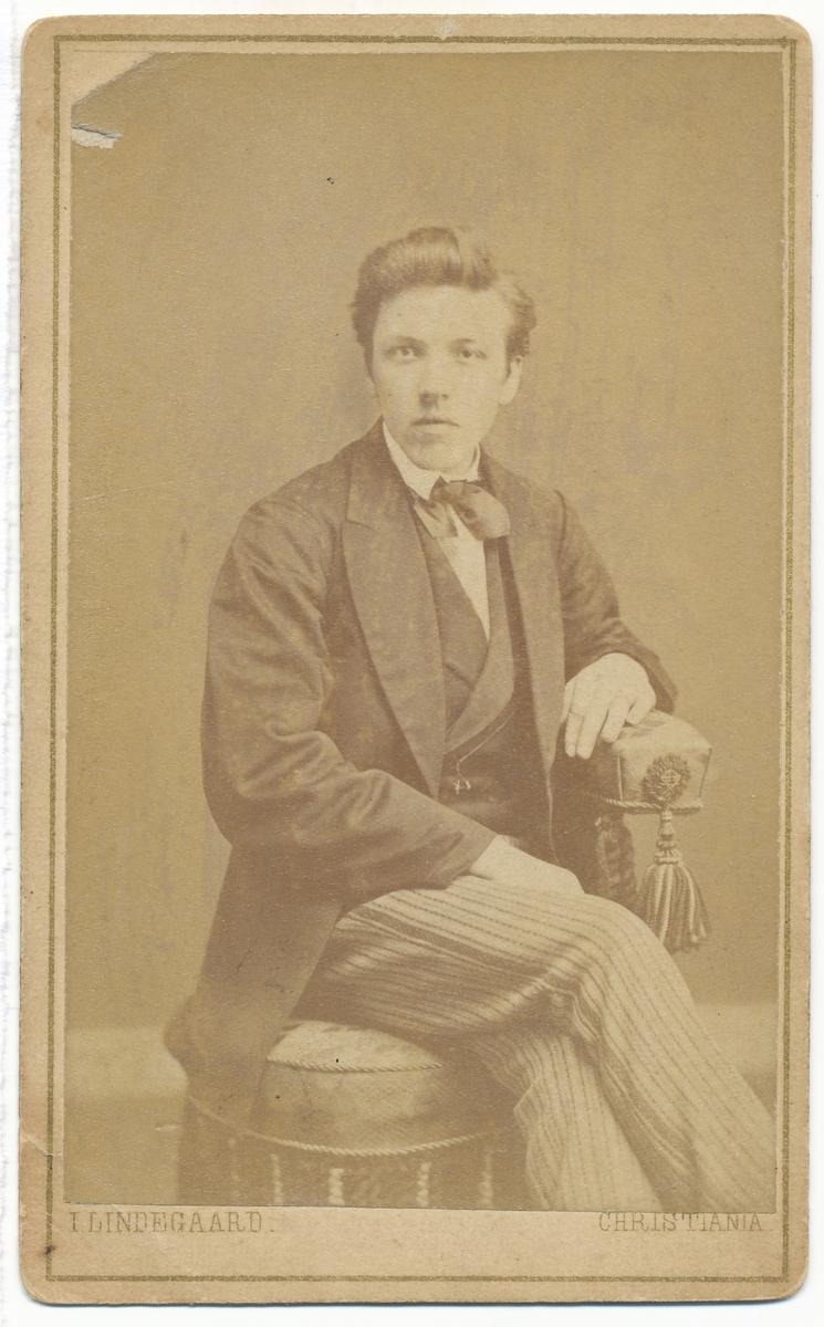 Johan Andersen, portrett