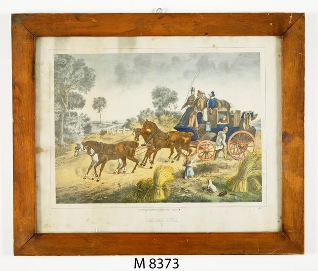 """Färglitografi. Litografi med färgtryck, kallad """" Coaching Scene III """". En diligens förspänd med fyra hästar är på väg genom ett landskap med hökärvar."""