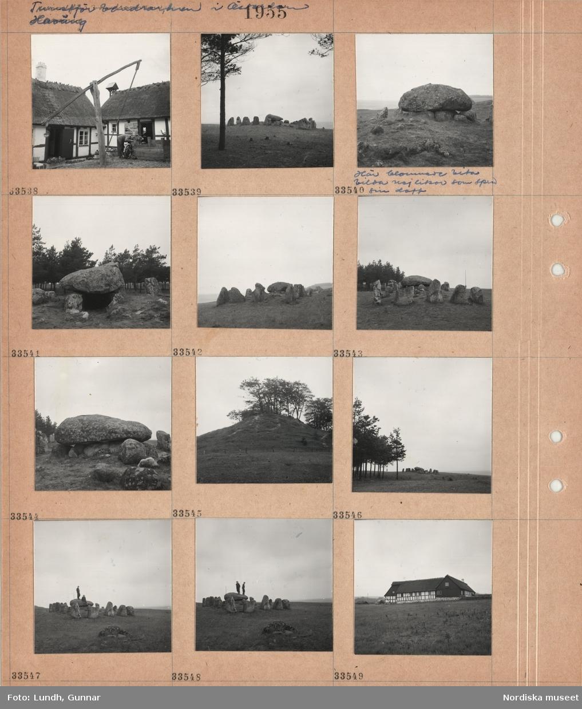 Motiv: Turistf. vandrarhem i Österlen Haväng (Turistföreningen) ; En person med cykel på en gårdsplan, en skeppsättning och en döse, två personer står på en döse, exteriör av en kringbyggd gård och fotograf Gunnar Lundhs bil.