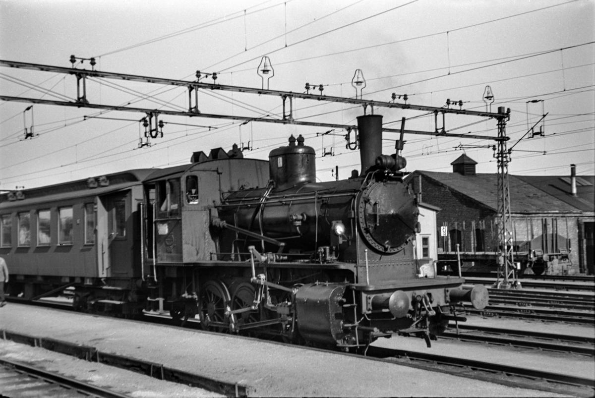 Damplokomotiv type 40a nr. 461 i skiftetjeneste på Lillestrøm stasjon.