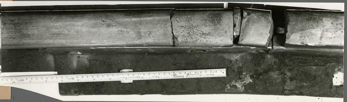 Del av räl efter urspårning i Hultafors den 22/2 1958.