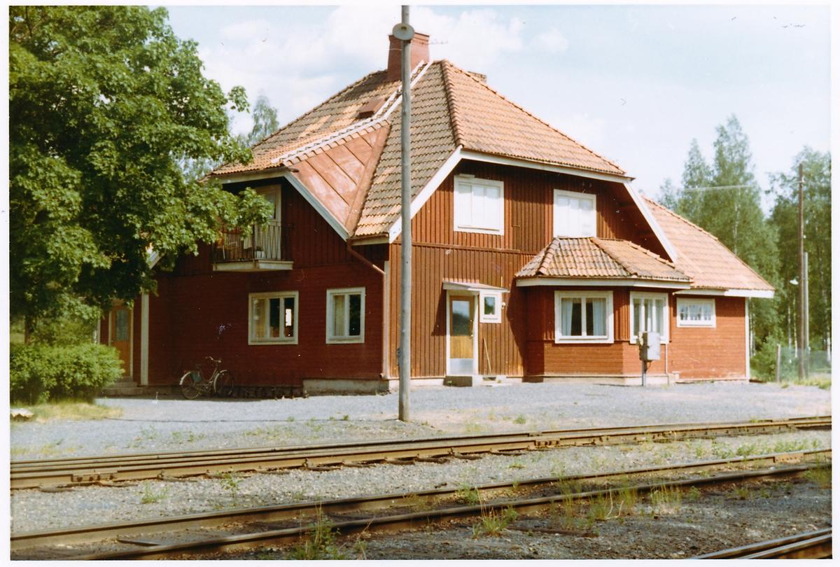 Vid sidobanan från Rämshyttan, bispår till Idkerbergets gruvor.