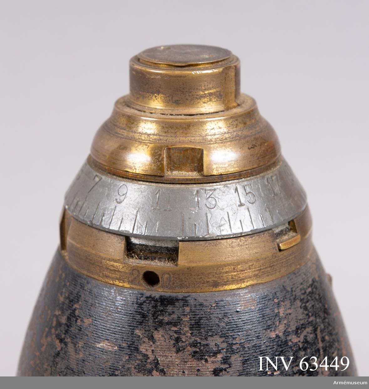 Grupp F II. Lätt dubbelrör. Till 8 cm genomskuren granatkartesch m/1893.