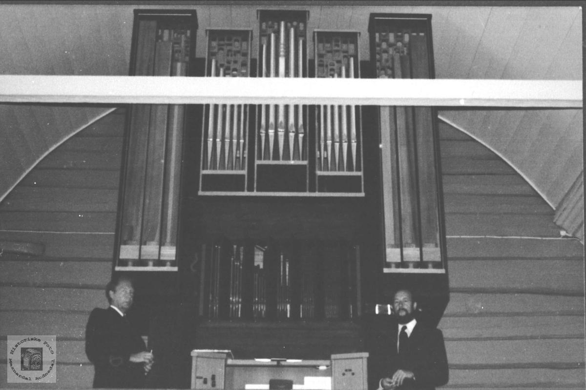 Nytt orgel Laudal kyrkje.