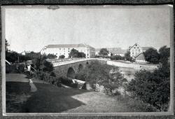 Tullbron och kvarteret Bron m. fl. sedda från Doktorspromena