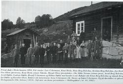 Privat skule i Hesla hausten 1894. Frå v. Lars Uchermann,Kn