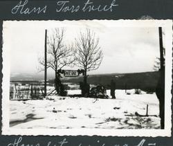 Frå gravferda til Hans Olavsson Torstveit i 1940.  Tatt på T