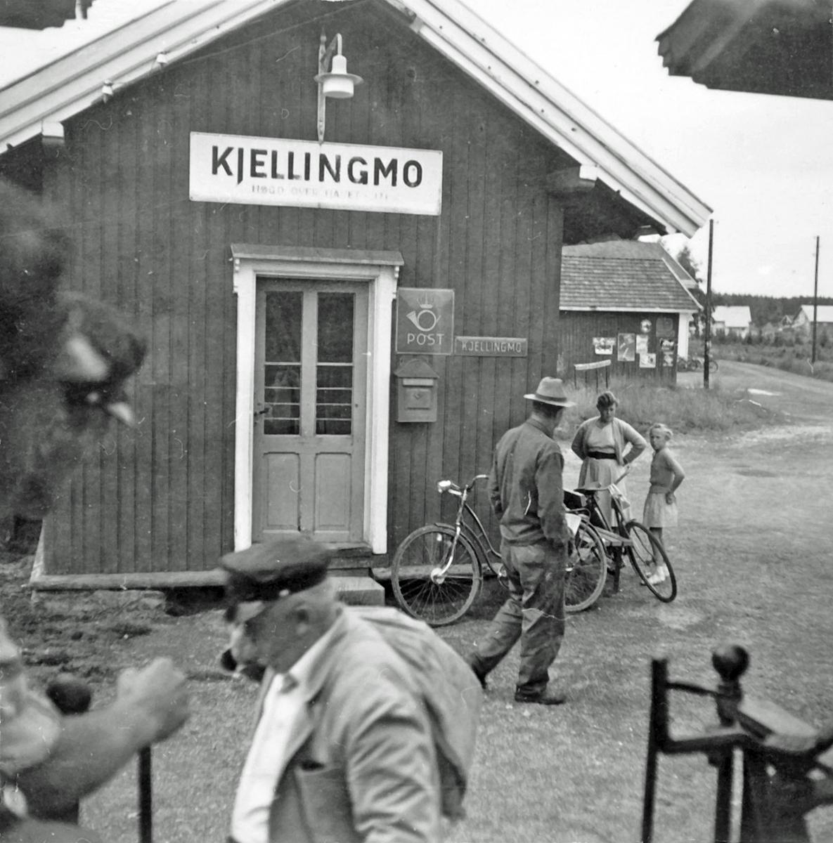 Kjellingmo stasjon, sett fra et av de siste ordinære tog på Aurskog-Hølandbanen