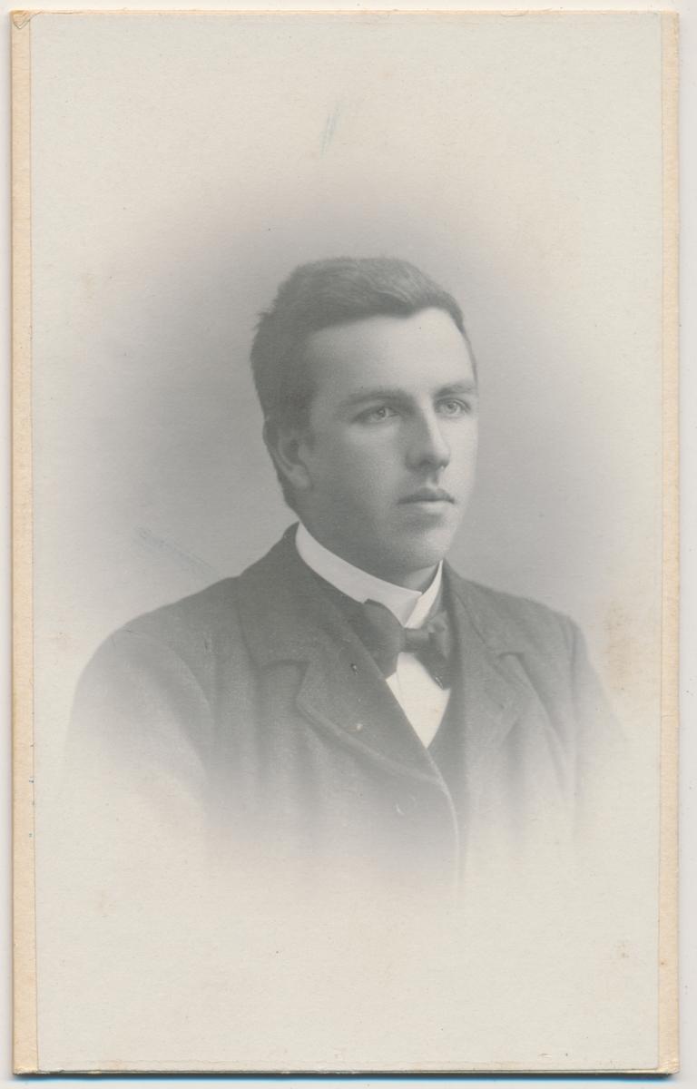 Portrett av Haakon Ødegaarden