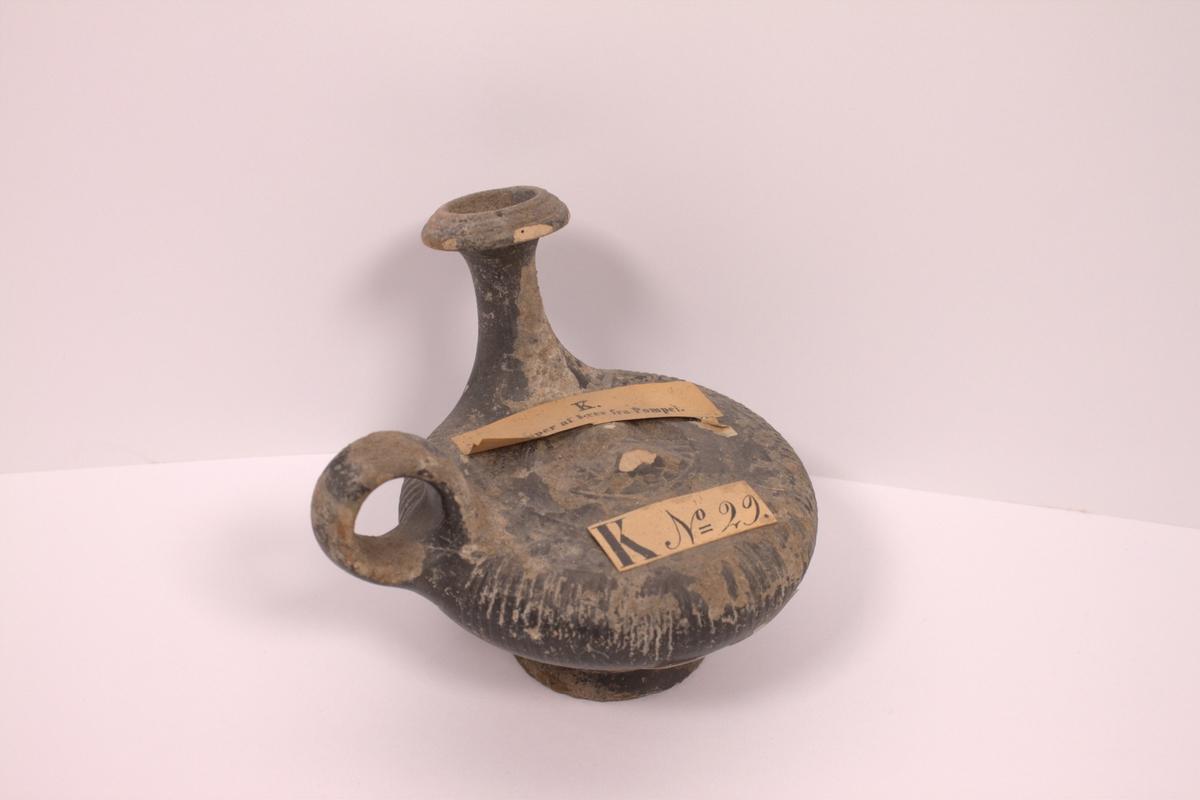 Lampe av leire fra Pompei.