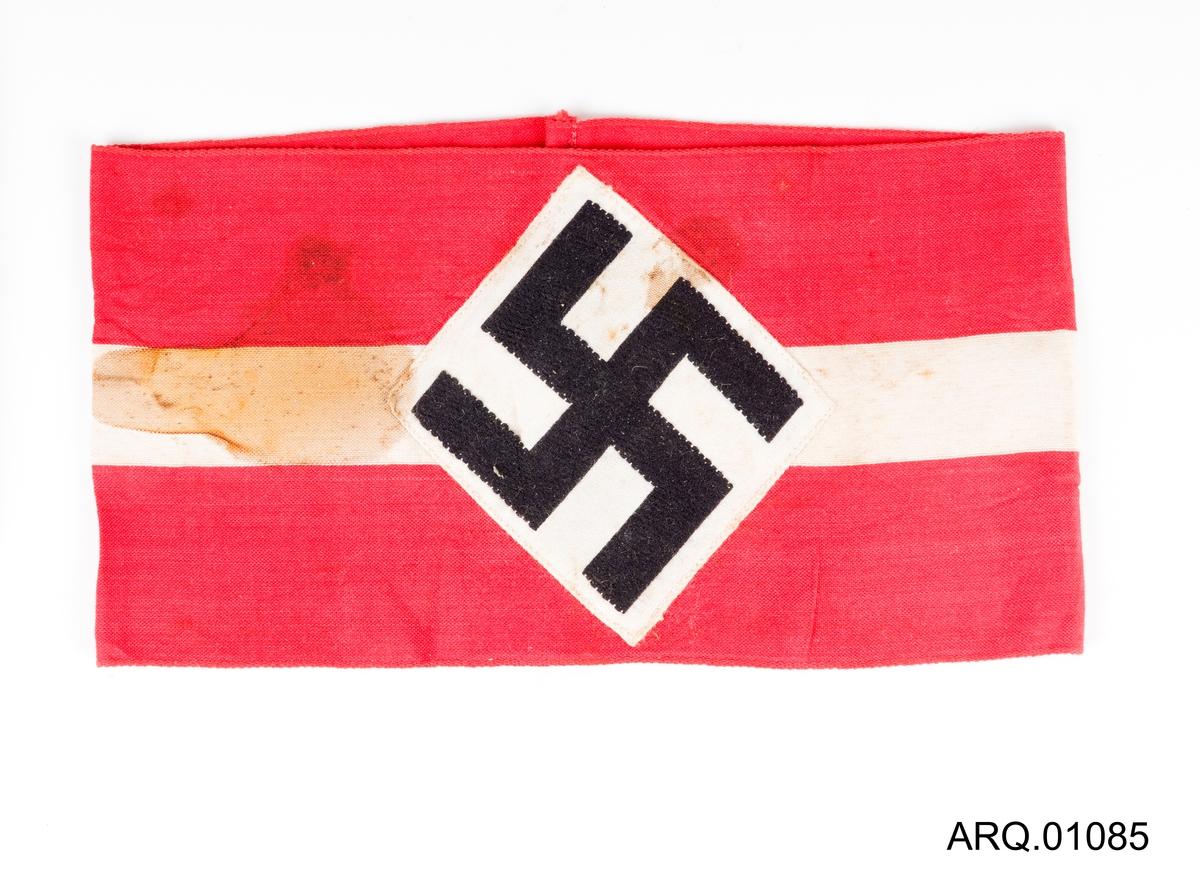 Svart swastika