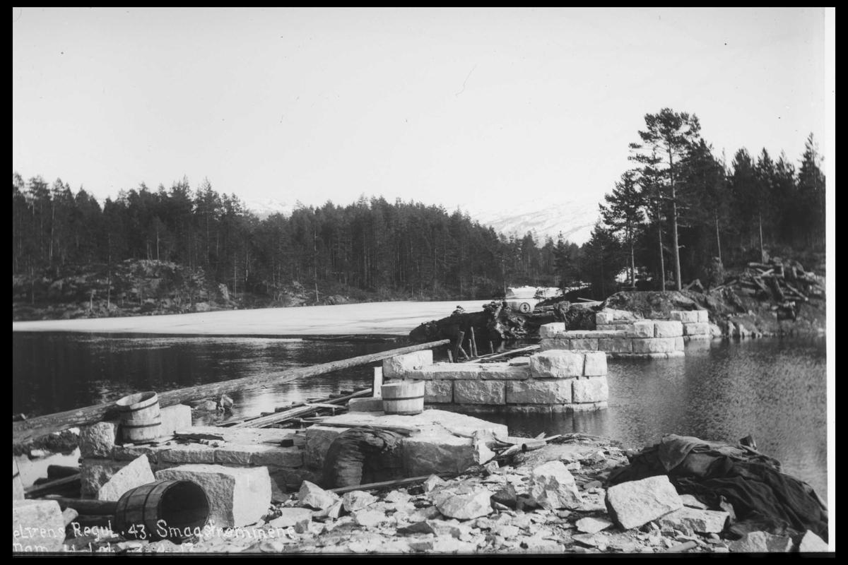 Arendal Fossekompani i begynnelsen av 1900-tallet CD merket 0446, Bilde: 63 Sted: Småstraumene Beskrivelse: Regulering