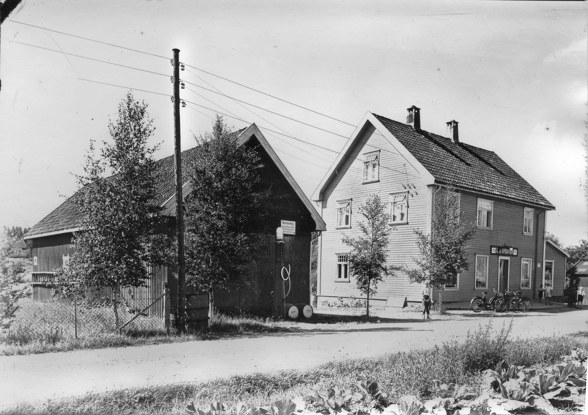 Kjørven Landhandel. Sagmoen, Eidsvoll Verk.
