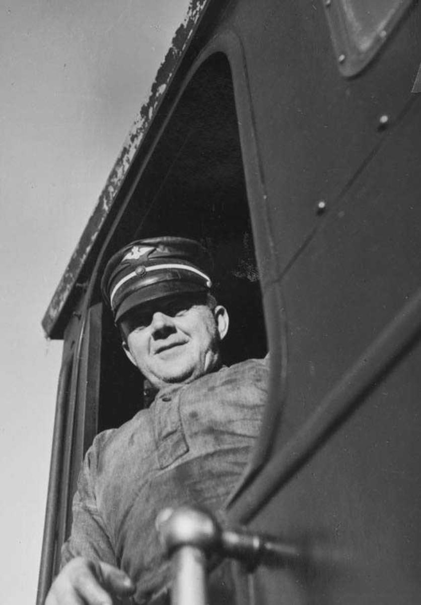 Lokomotivfører Syprian Aarstad
