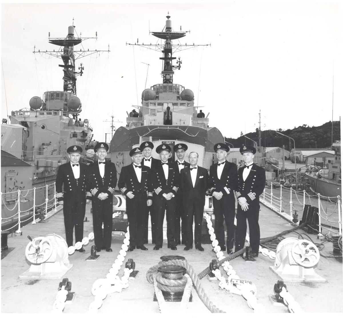 Skipssjefens avskjedsmiddag, jageren KNM Bergen 16/5-1966
