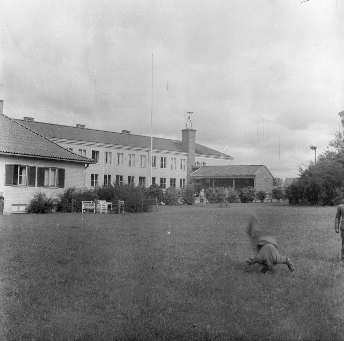 Rast på Bergaskolan, Norbyvägen, stadsdelen Kåbo, Uppsala