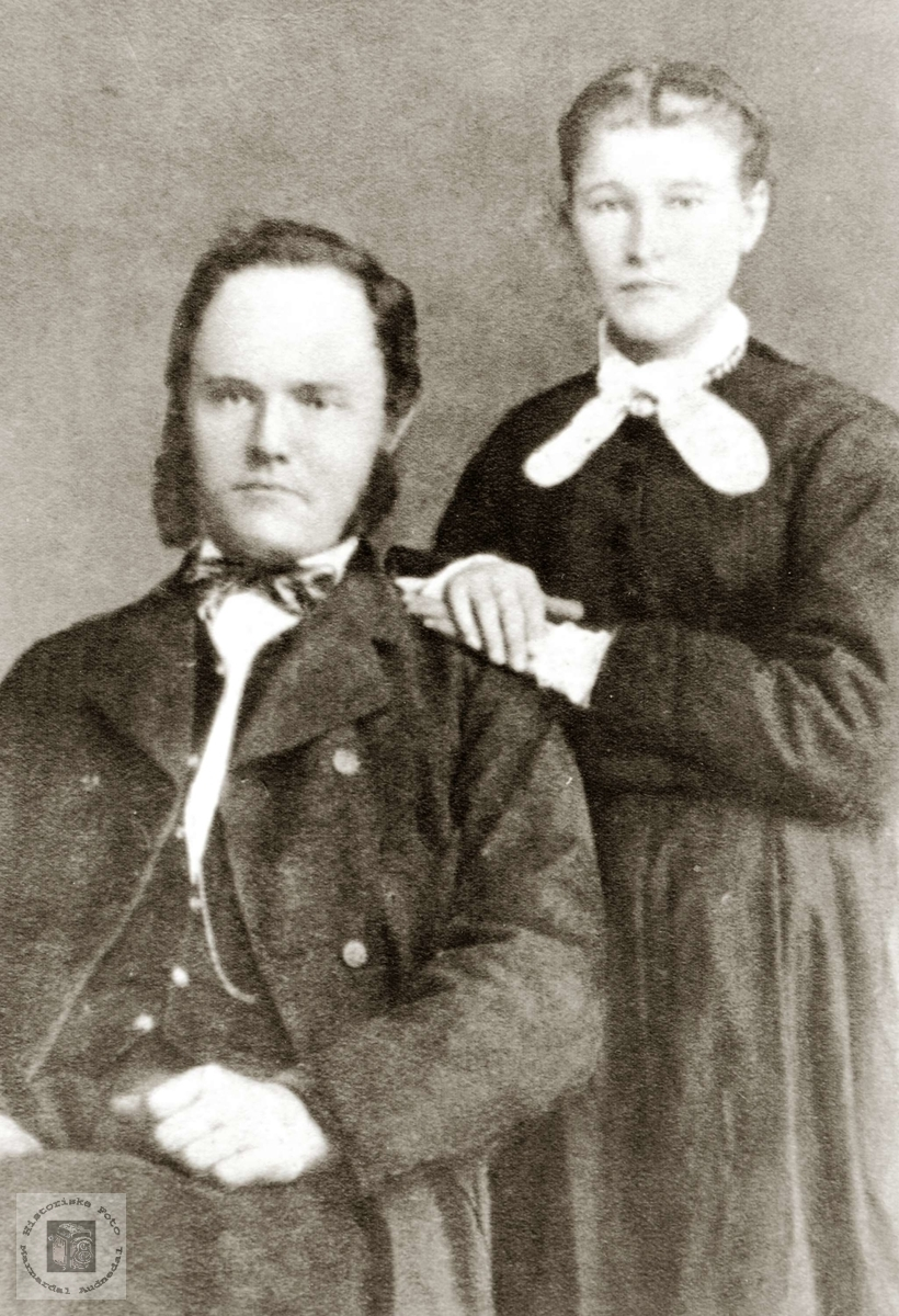 Portrett av ekteparet Halvor og Marthe Lauen fra Hægebostad. Grindheim Audnedal