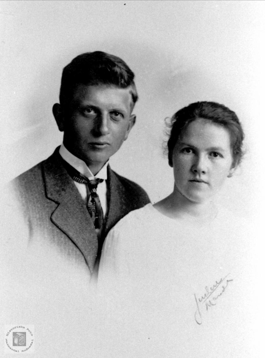 Ekteparet Maurits og Nora Marie Kolstad, Øyslebø.