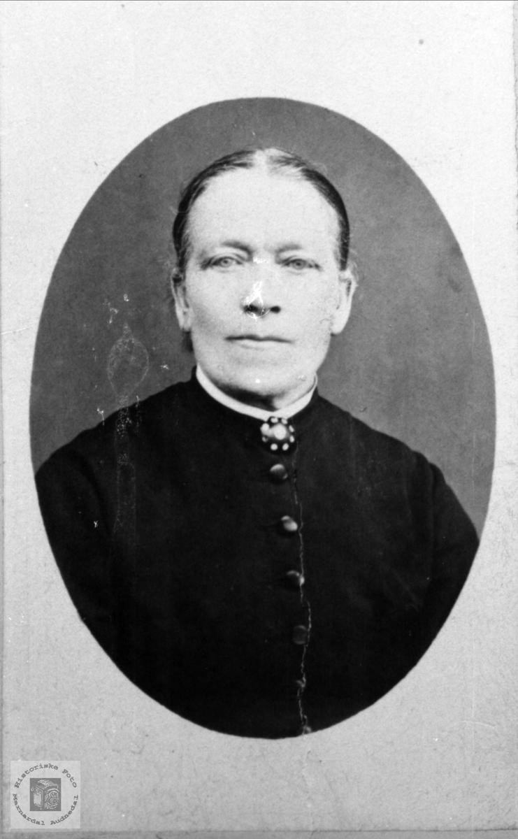 Portrett av Gunvor Øvrebø.