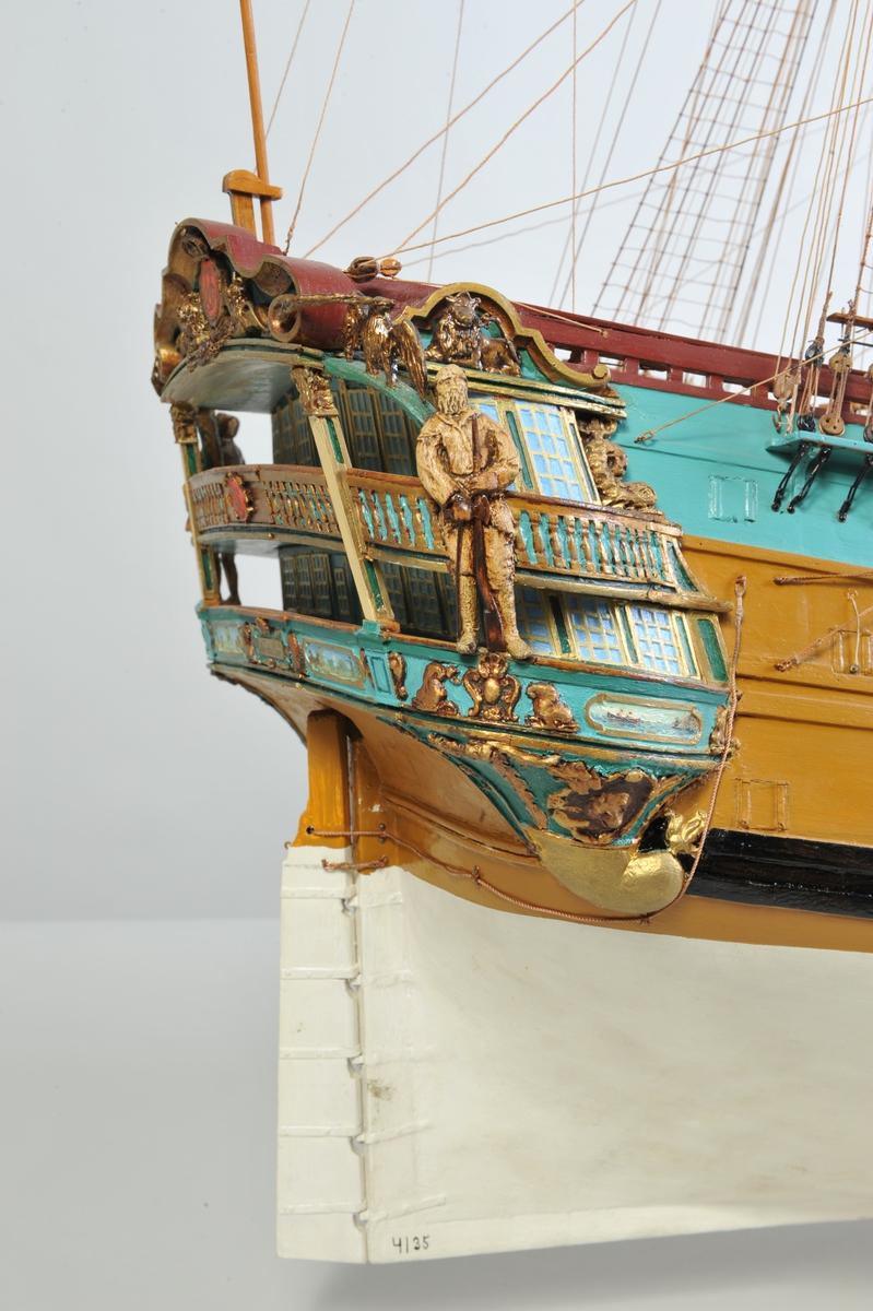 'Den Norske Løwe' - orlogskib: 70 kanoner 164` x  44` x  19`. Bygget i København 1735.