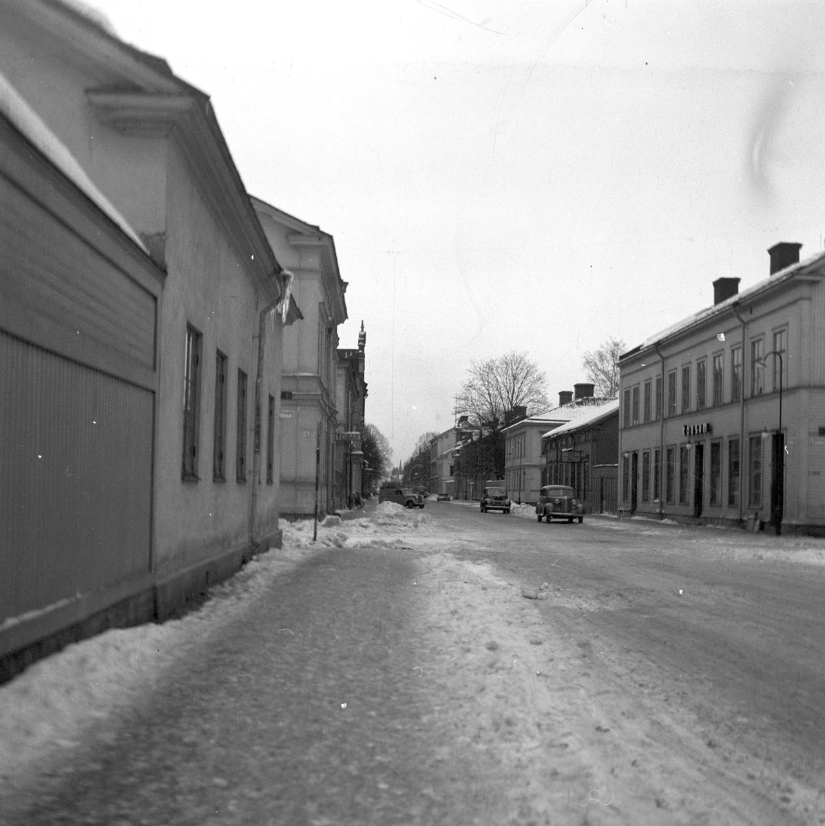 Ruddammsgatan mot öster, Gävle 3 februari 1951.