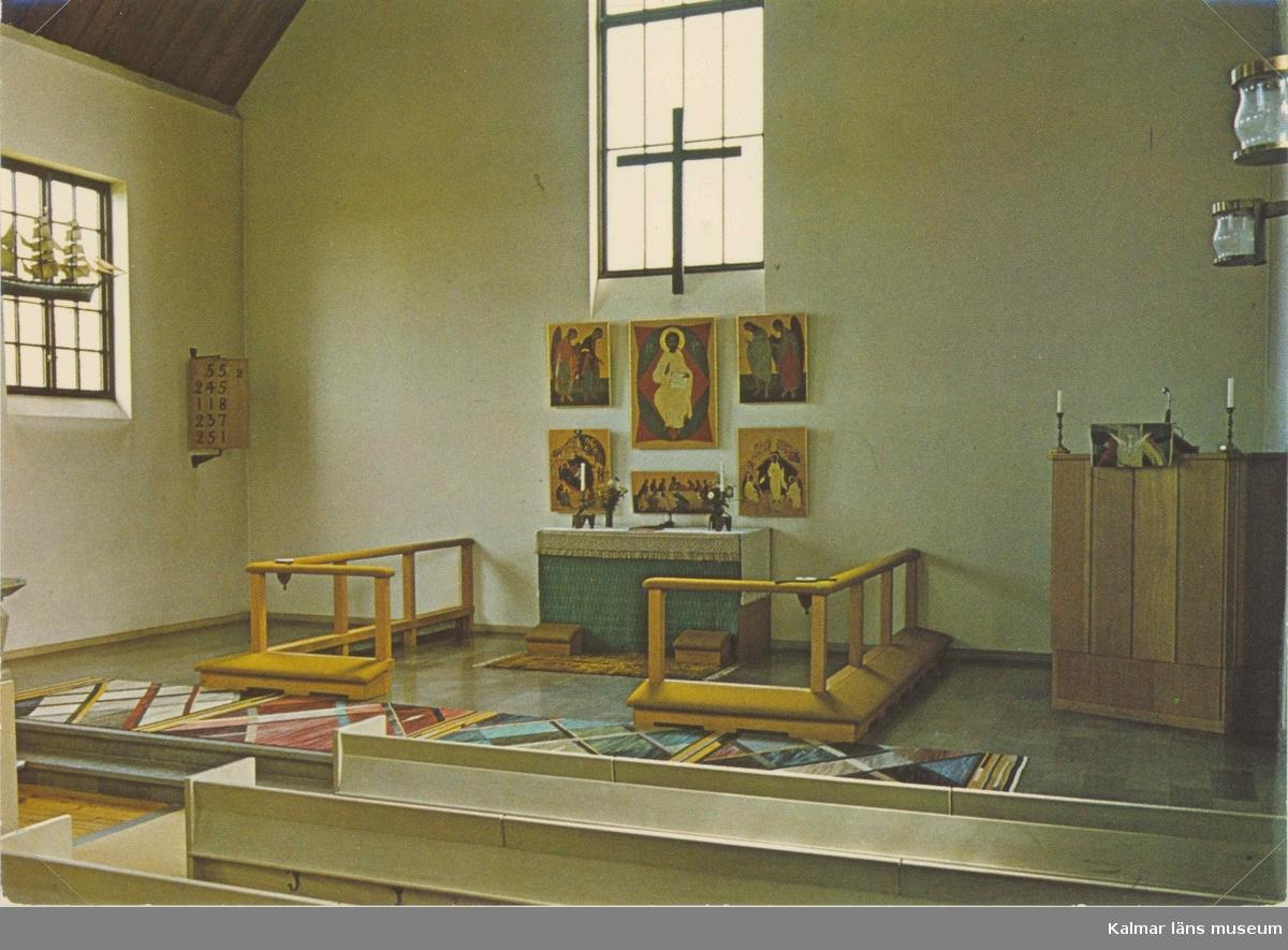 Vykort med interiör från altaret i Bergkvara kapell.