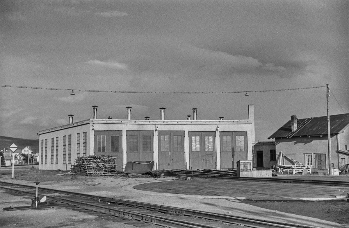 Lokomotivstallen på Røros stasjon.