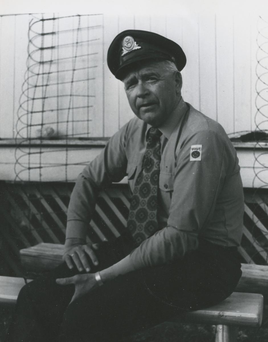 Johan post - postmann på Haga