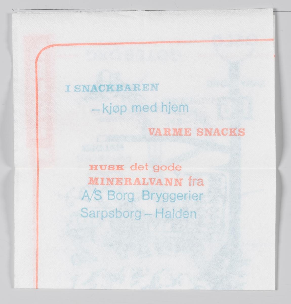 """Et veikart og en reklametekst for Svinesund Terrassen, Diplom-Is og mineralvann fra A/S Borg Bryggerier.  Svinesundterrassen var i mange tiår et populært stoppested for trafikken til og fra Sverige på """"gamle"""" E6. Når den nye broa åpnet i 2006 tok den også E6 med seg og stedet stengte på Norsk side, men ikke på den svenske siden."""